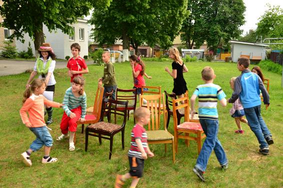 Juegos tradicionales for Sillas para jugar a la play