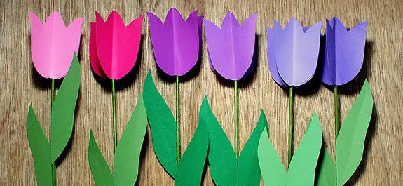 Creamos un ramo de flores con tulipanes de papel