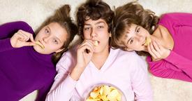 Controlar y evitar el ansia de comer de un adolescente