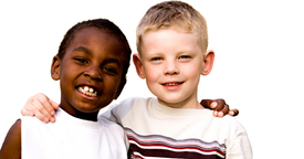Cómo enseñar los valores del respeto entre los niños