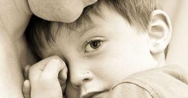 Fase del miedo a los extraños en el niño