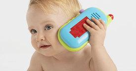 Los primeros juguetes musicales del bebé