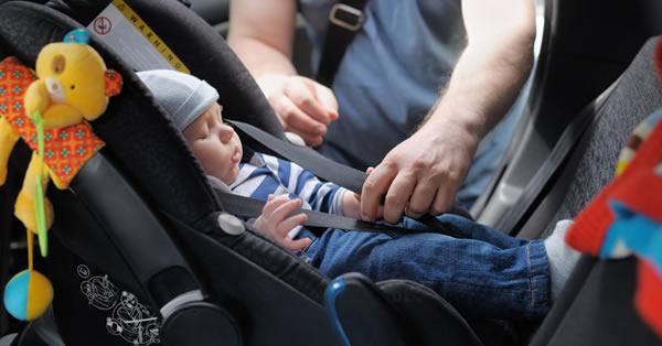 Principales medidas de seguridad para bebés y niños en el coche
