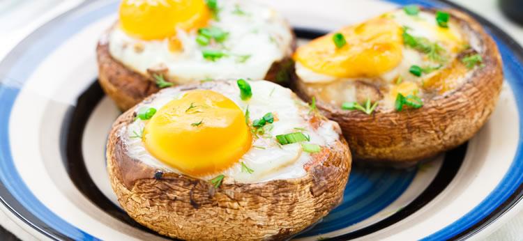 Champiñones Portobello con huevo