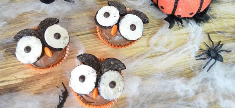 Magdalenas con búhos de Oreo para Halloween