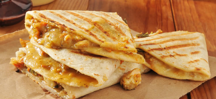 Quesadillas de pollo caseras