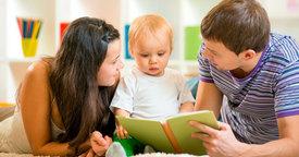 Cómo aprende a escuchar y a hablar el bebé