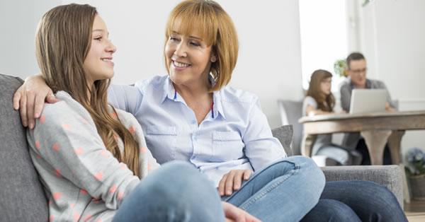 Como mejorar la comunicación con tu hijos adolescentes - Padres ...