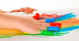 Cómo preparar pintura de dedos casera