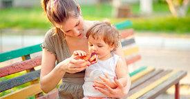 Los primeros alimentos sólidos del bebé