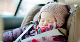 Peligros de reutilizar la silla del bebé para el coche