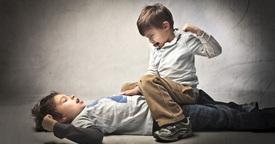 ¿Qué hacer si se pelea con un compañero de clase?